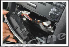 Take out the original air conditioner panel