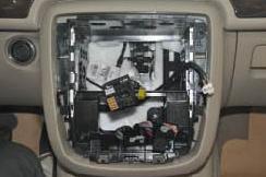 2005-2012 Mercedes Benz ML Class W164 radio installation step 6