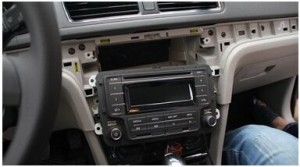 2012-2014 VW MAGOTAN Car stereo installaton step 3