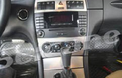 2000-2005 Mercedes Benz C Class W203 car stereo installation step 1
