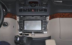2004-2012 Mercedes Benz A Class W169 radio installation step 2