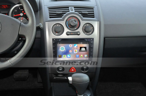 2003-2010 Renault Megane head unit after installation