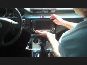 2005-2012 VW Volkswagen PASSAT head unit installation step 3