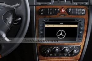 2002-2005 Mercedes Benz Vaneo radio after installion